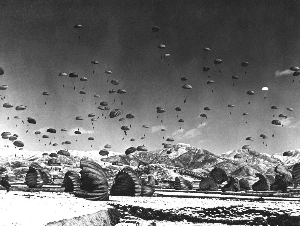 WW2-DZ-camo-chute