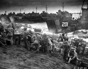 Unloading USN landing crafts, Iwo Jima 1945 (Courtesy LIFE)
